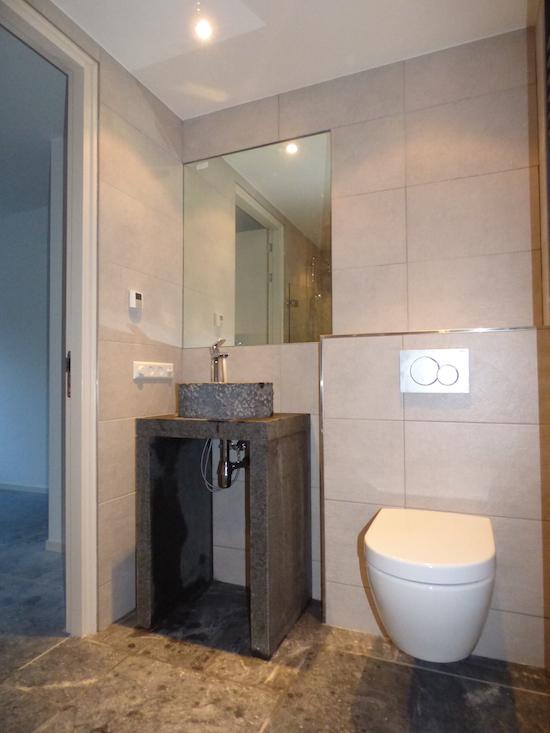 http://installatietechniekhuberts.nl/images/installatietechniek-huberts-badkamer-emmeloord.jpg